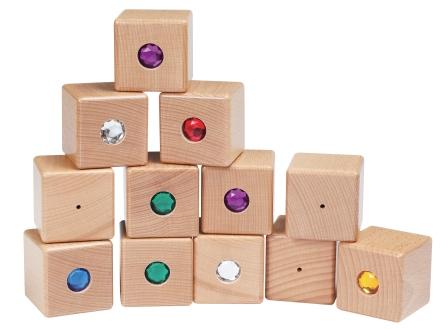 Развивающие  деревянные  игрушки  известных  брендов