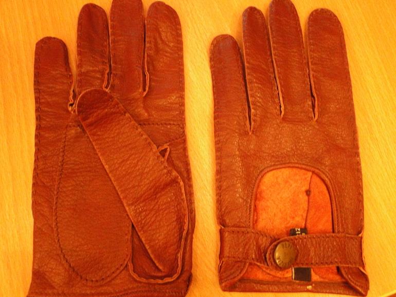 Перчатки Патриция Пепе размер 7.5 кожа 1000р.(почта)