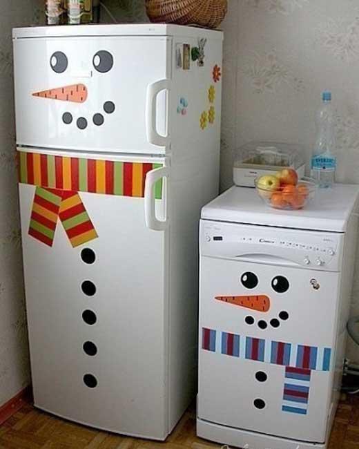 Украшаем холодильник к новому год