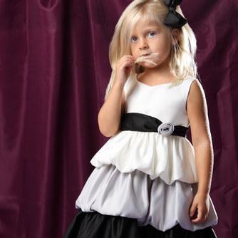 Нарядные платья для маленьких принцесс!!! По очень привлекательным ценам!!От 24м до 6 лет.
