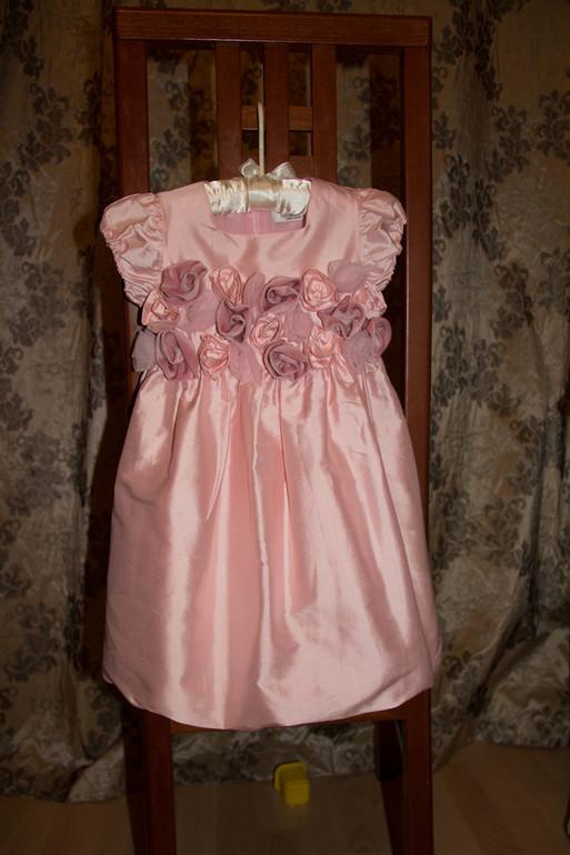 Платье нарядное Lesy 3года (новое ,но без бирок) 4000руб.
