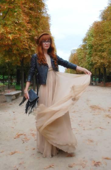 р 44 платье бежевое, бледно-розовое пудровое 300р