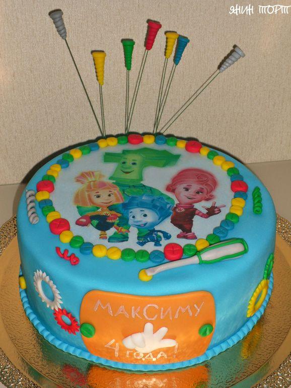 как прикрепить на торт вафельную картинку