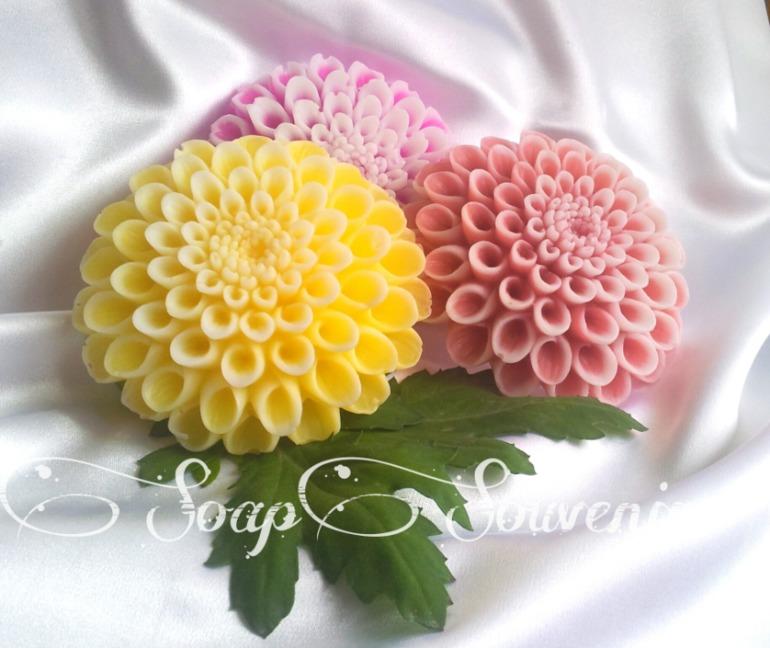 Мыло ручной работы цветы