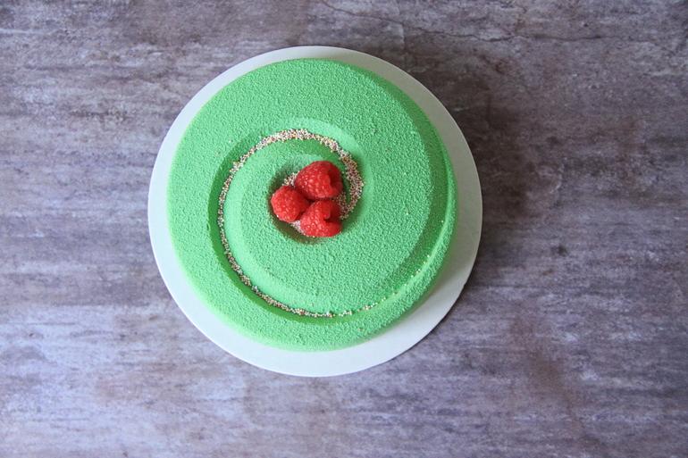 Малина фисташка торт муссовый
