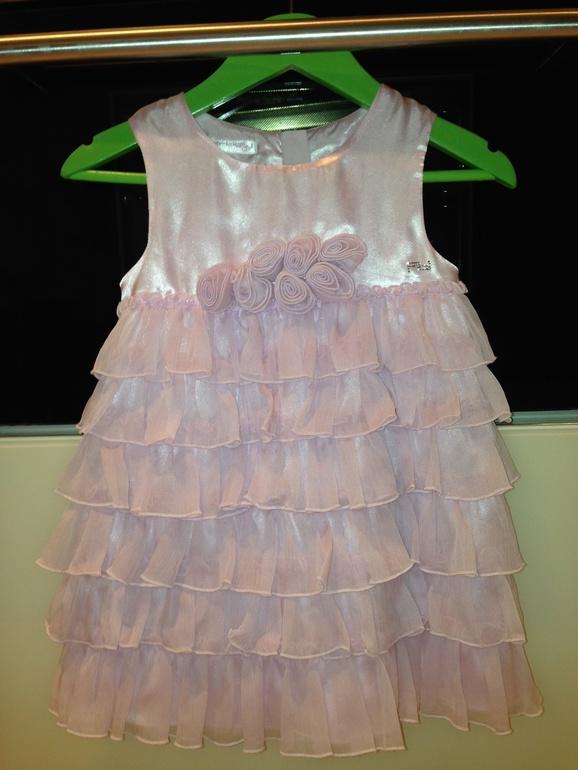 Artigli  красивое платье на 3-4г. 1500р