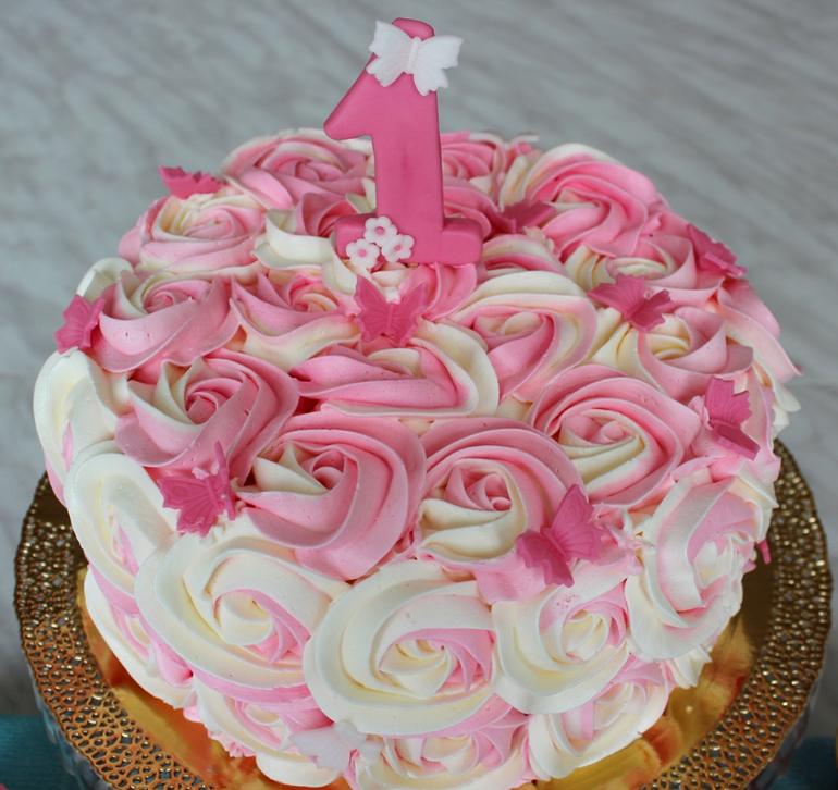 Торт на годик девочке из крема
