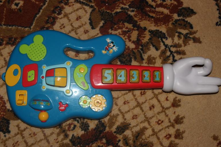 Гитара Disney 800 руб