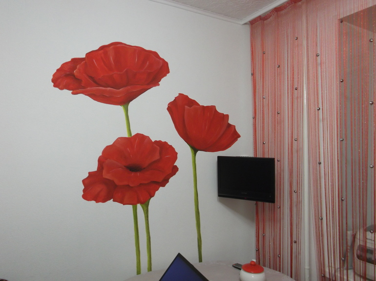 обои под покраску на потолке кухни