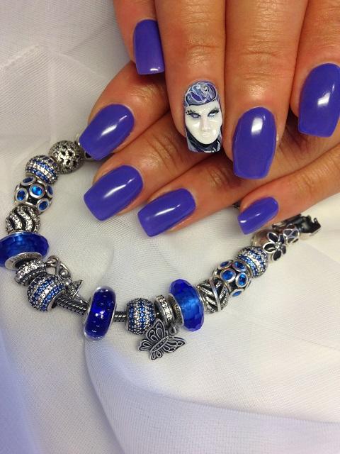 Акриловый дизайн ногтей лепка