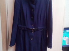 Продам демисезонное пальто Mango р.46-48
