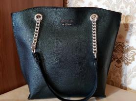 Новая кожаная сумка на каркасе Италия оригинал