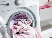 Мелкий ремонт одежды, стирка постельного белья.