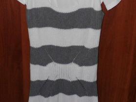 Комплект новый с этикетками (футболка + платье)