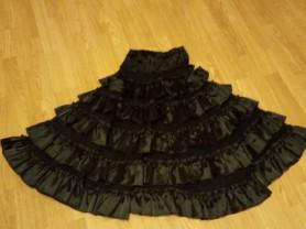Роскошная гипюровая юбка с атласным оборками