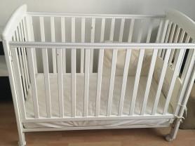 Кроватка детская белая (производство Италия)