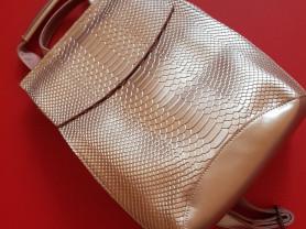Новый стильный кожаный рюкзак под рептилию