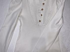2 Блузки для школы 135-140р.