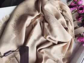 Платки Louis Vuitton и Burberry 🌷
