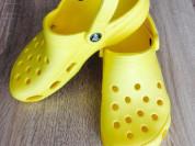 Женские сабо Crocs цвет желтый