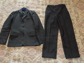 Костюм тройка (пиджак, брюки, жилет)