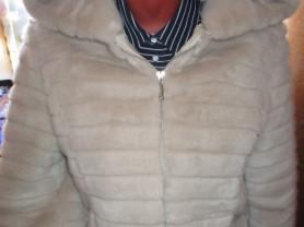 Экошуба с капюшоном 42-44 Sм Длина 60см