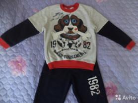 новый костюм для 3-4 летнего (Турция)