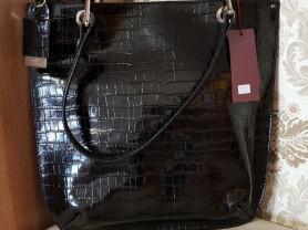 Новая лакированная сумка кожа Италия