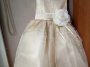 Нарядное платье новое р-р 104