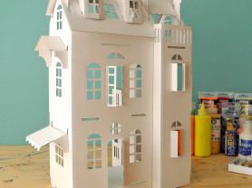 Картонный домик для творчества и игры