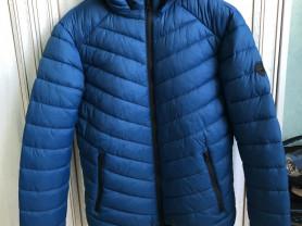 Новая куртка р М Colins