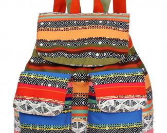 Кожаные рюкзаки и летние дизайнерские сумочки.