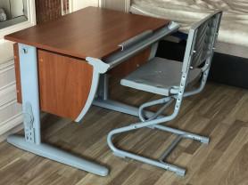 деми растущая парта и трансформируемый стул