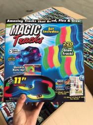 """Игра """"Magic Tracks"""