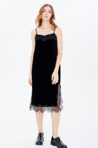 Платье-комбинация с кружевом бархатное