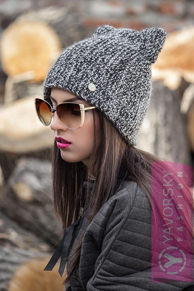 Вязание модной шапочки с ушками