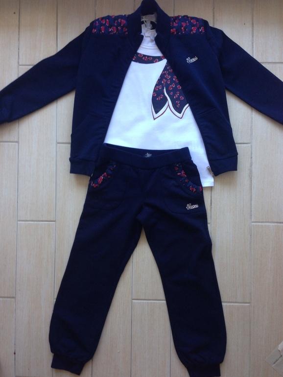 Gucci!!! Сердечки!!! Спортивный костючмик 4 г, 11500 . Футба 4 г 3900
