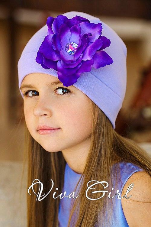 Шапочки для девочек с цветами фото