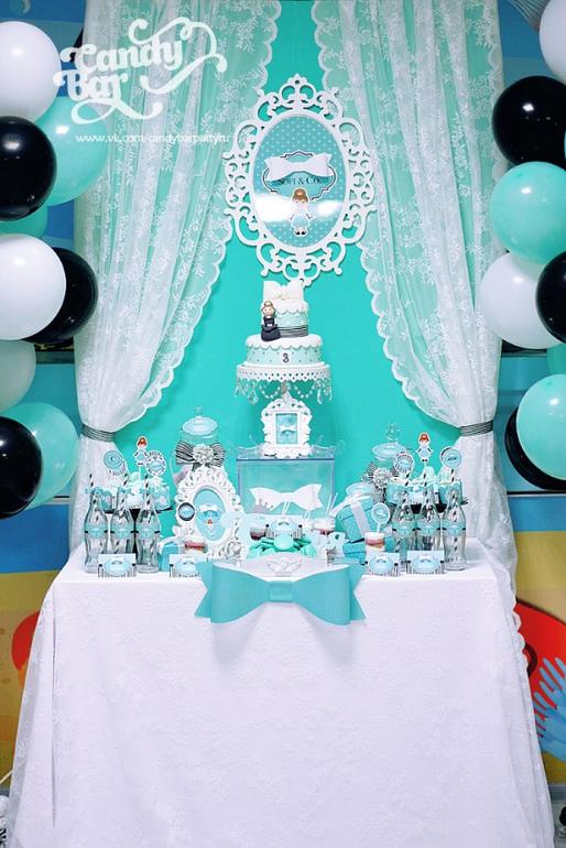 самом деле первый день рождения дочки в стиле тиффани нет