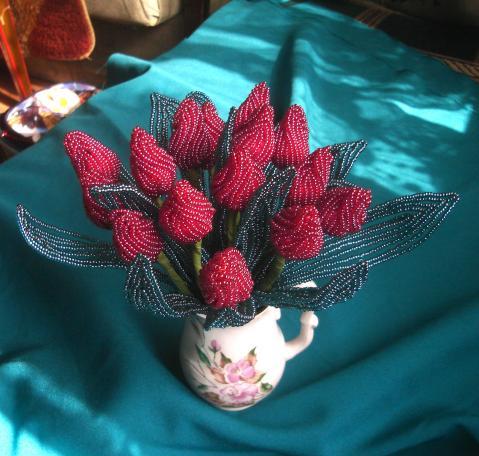 """12. Красивые тюльпаны из бисера.  Веера вязаные крючком.  Просмотреть все записи в рубрике  """"Вязание """"."""