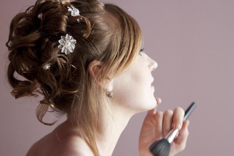 Частные мастера по прическам и макияжу