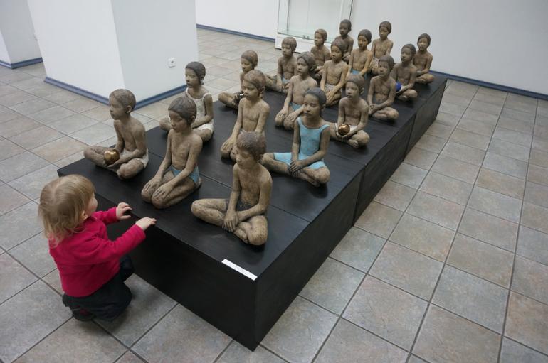 Девочки и мальчики голые фото 331-240