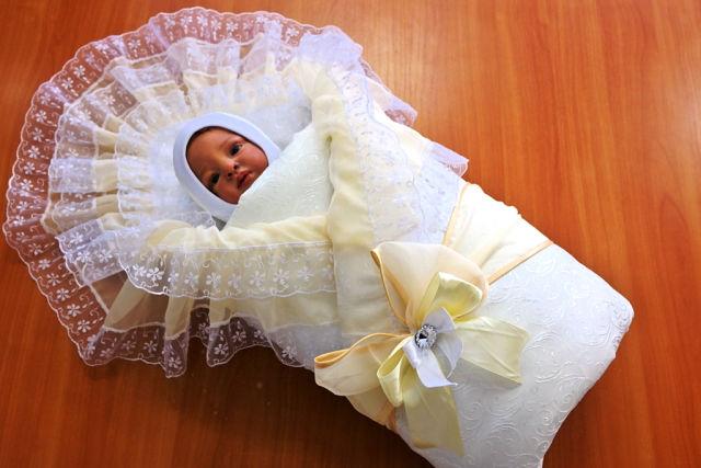 Конверт для новорожденного на выписку фото цена