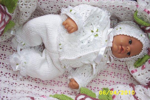 Вязаный костюм своими руками на новорожденного