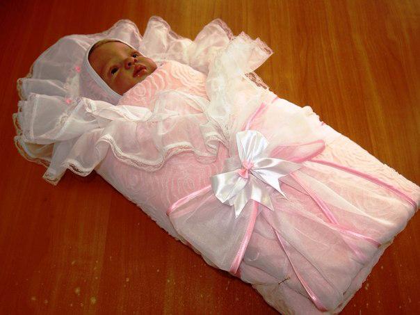 Одеяло на выписку из роддома фото