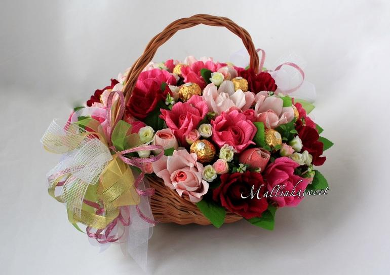 Доставка цветов москва букет из конфет курьерская доставка цветов по минску