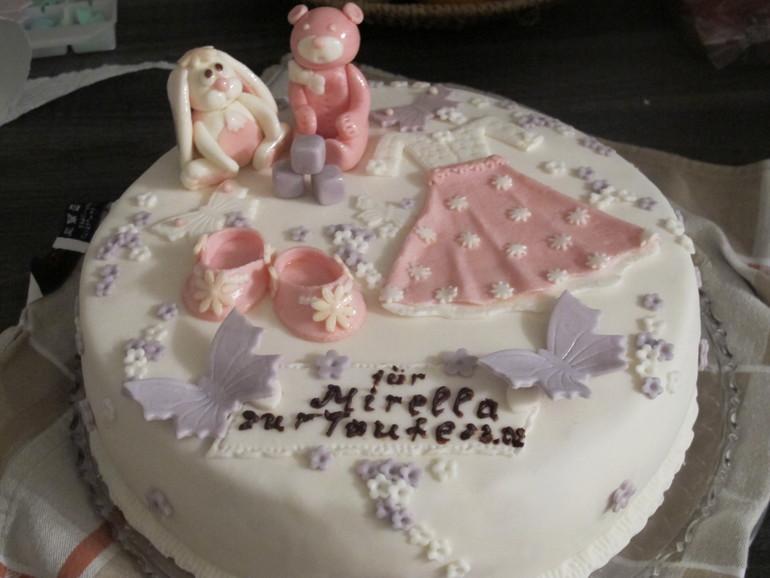 Мой первый тортик с мастикой