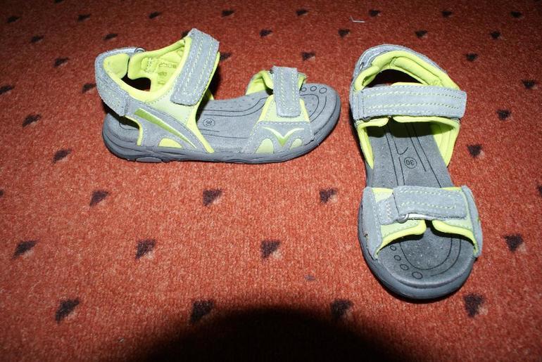 Последствия для члена от футджоба в туфлях 17 фотография