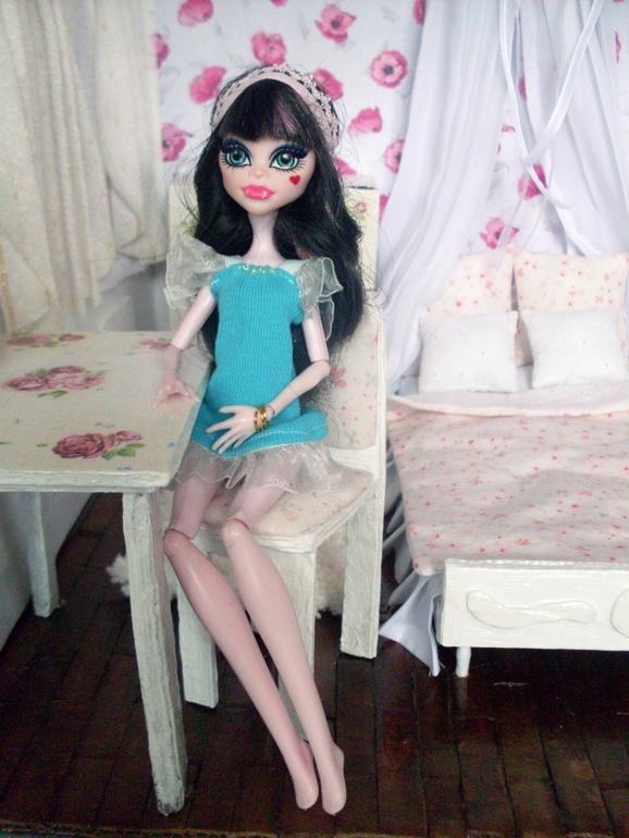 Комнатка для куколки