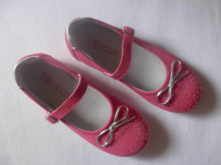 Потрясающие туфельки EB, Италия, 27 размер